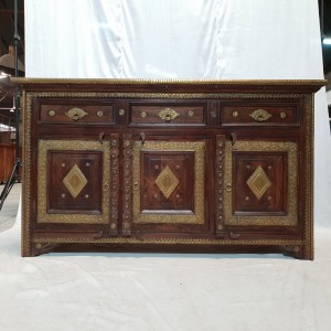 Indian Antique Solid Wood Brass sideboard 3 Door and 3 Drawer 160x50x94cm