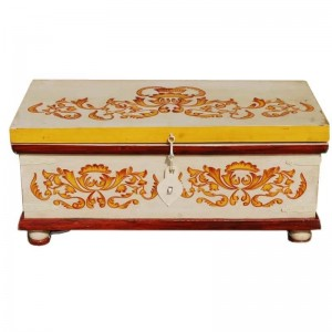 Mughal Hand Painted Indian Solid Wood Storage Trunk Coffee Table Chest Blanket Box