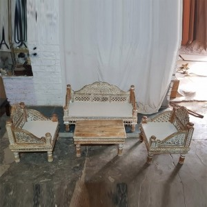 Solid Indian Wood Whitewashed Daybed Sofa With Table