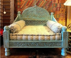 Mughal Garden Hand Carved  BLUE ANTIQUE FINISH Daybed Carved Bench Seat