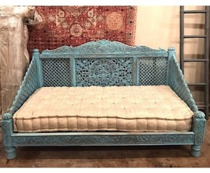 Mughal Garden Hand Carved Lotus Day-Bed , Blue  Finish