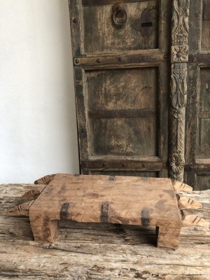 Bajot Wood Elongated Naga B 51x21x11 cm