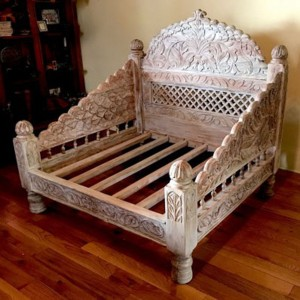 Mughal Garden Hand Carved Indian Daybed Whitewash S