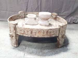 Indian Antique Tribal Hand Carved  Art Solid Wooden Grinder Chakki Coffee Table White wash 80x80x30cm