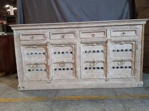Indian Hand Carved Solid Wooden Beautiful Buffet Cabinet Sideboard 183x44x95cm