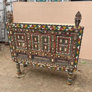 Indian Antique Tribal Hand Carved Art Wooden Damchiya Multicolor 90x30x100 cm