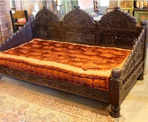 Mughal Garden Hand Carved Day Bed , Brown Finish