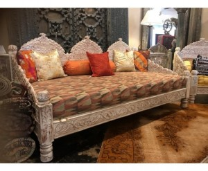 Mughal Garden Hand Carved LIGHT PERCENTAGE FINISH Daybed Carved Bench